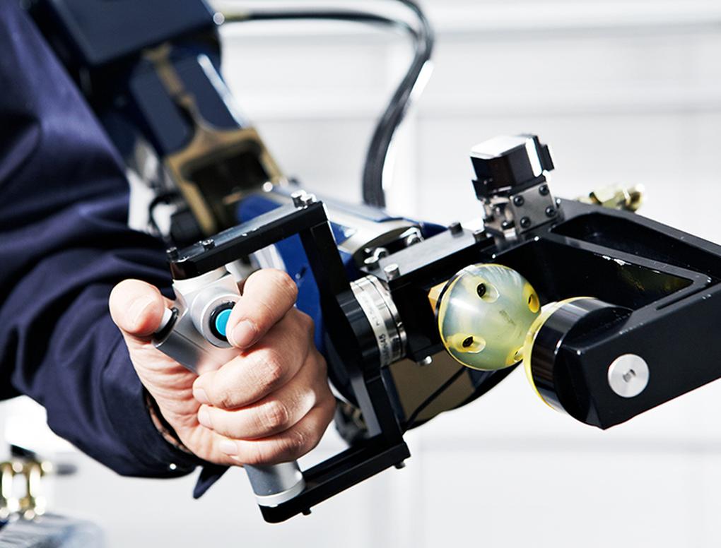 Hyundai-exosquelette-robotique-3