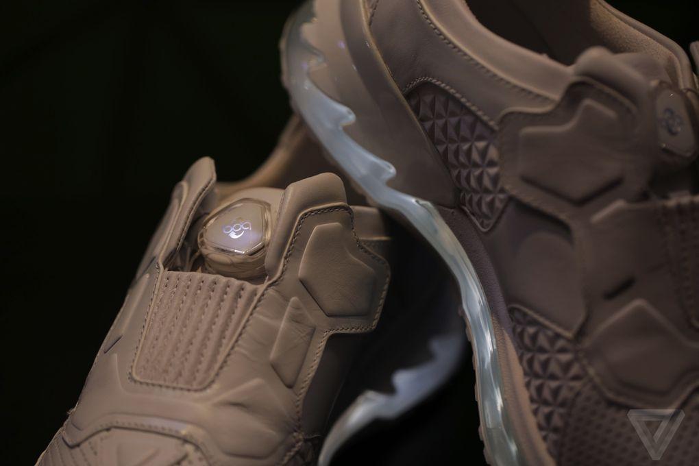 lenovo-chaussures-de-course-intelligentes-tech-world-2016-2