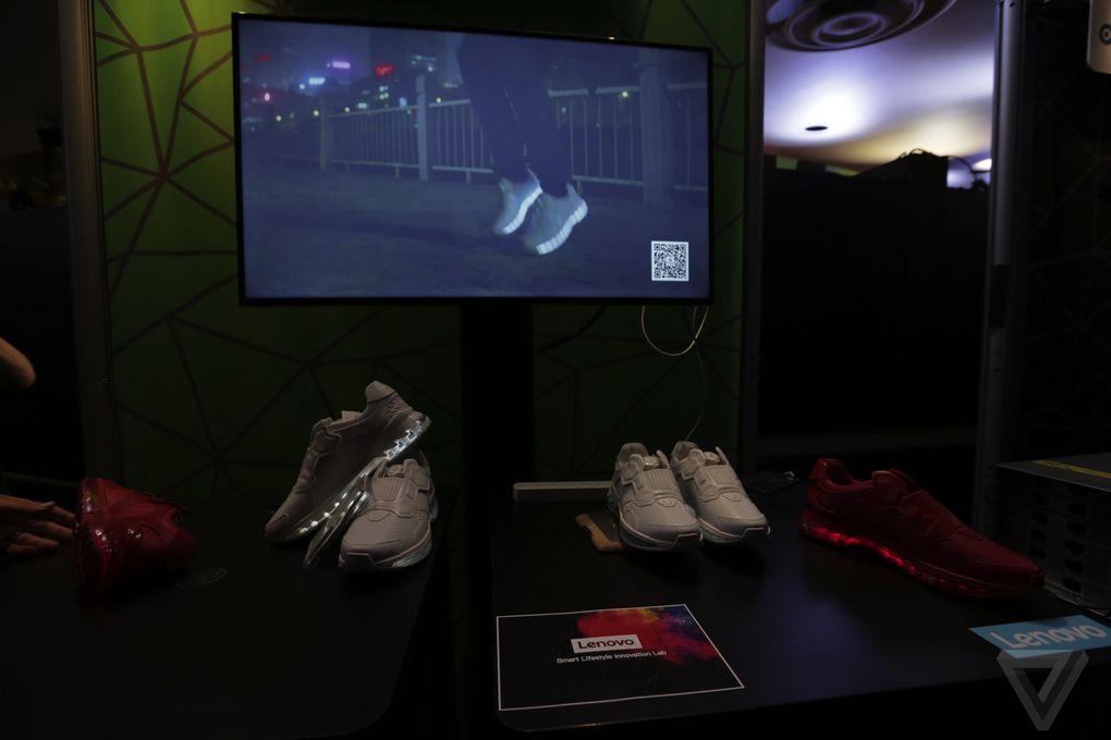 lenovo-chaussures-de-course-intelligentes-tech-world-2016-3