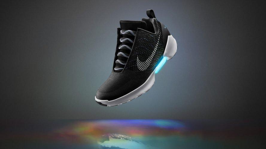 nouveau style 5df63 d754f Les chaussures à lacets automatiques de Nike seront ...