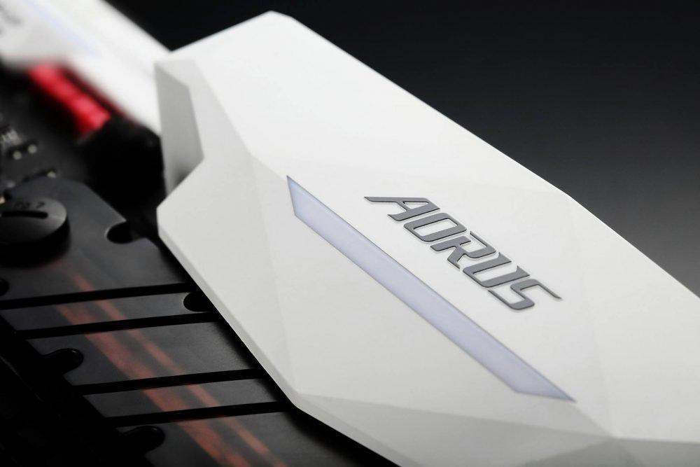 aorus-2