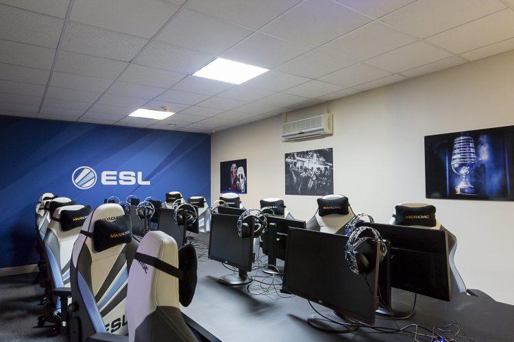 studio-esl-5-1