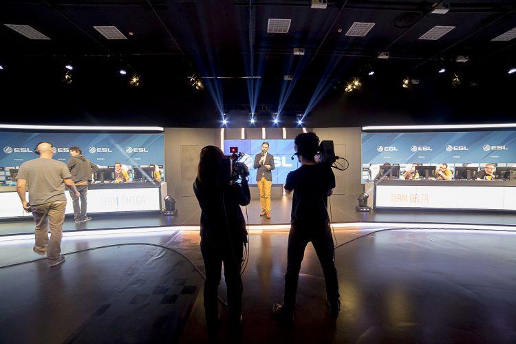 studio-esl-show