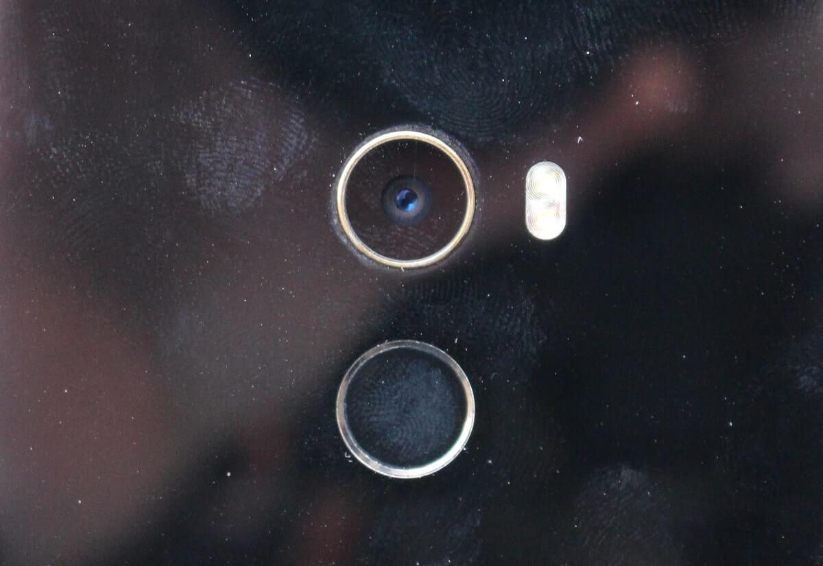 Xiaomi mi mix 2 trace de doigt