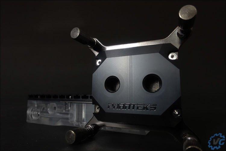 Top en acétale pour le waterblock C350ip.