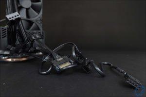 Les cables du RYUJIN 240 de Asus.