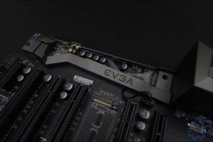La carte mère EVGA FTW K X299.