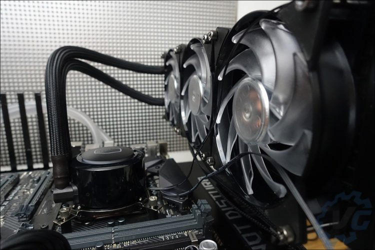 Installation du Cooler Master ML360R RGB