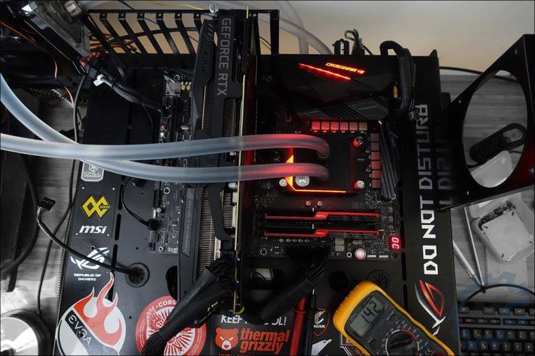 AMD Ryzen 2700X avec l'Asus Crosshair VII X470