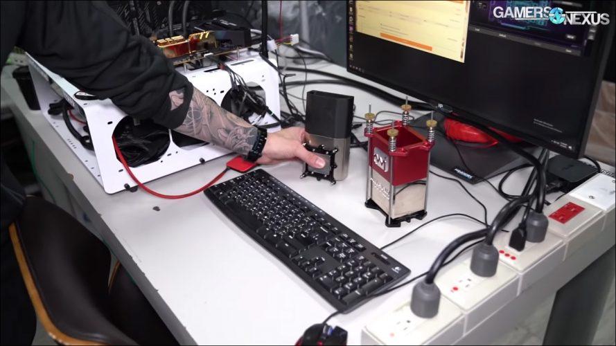 Vidéo à l'intérieur du labo de Kingpin