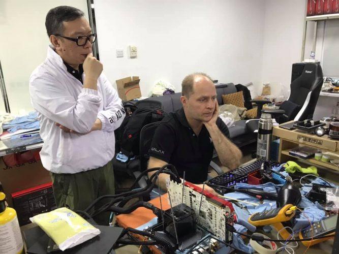 Session d'overclocking dans le labo de GALAX