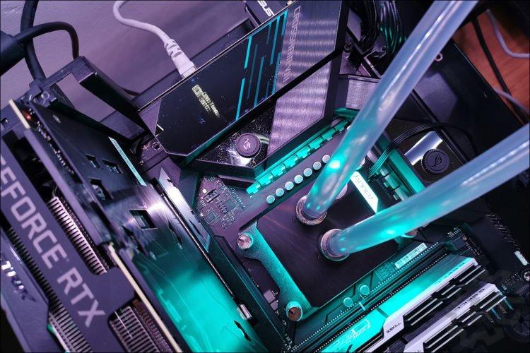 Installation de la Asus Crosshair VIII Formula X570