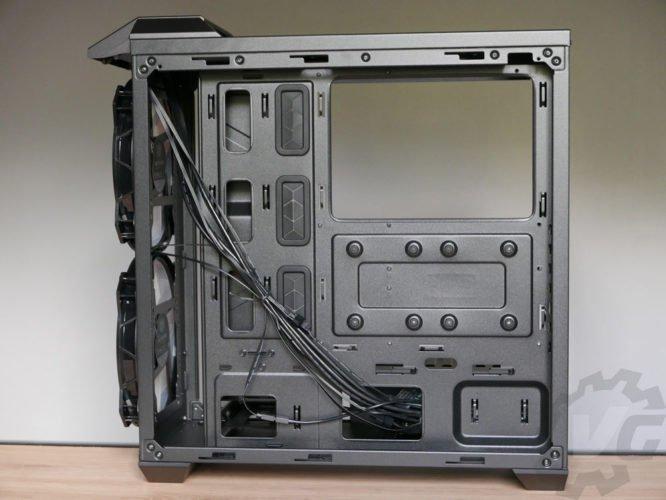 Cooler Master H500 arrière