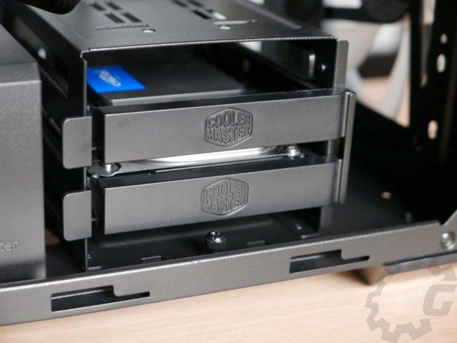Cooler Master H500 disques installés