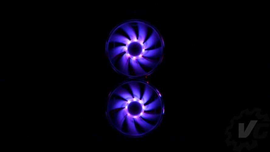 Cooler Master H500 effet lumière 1