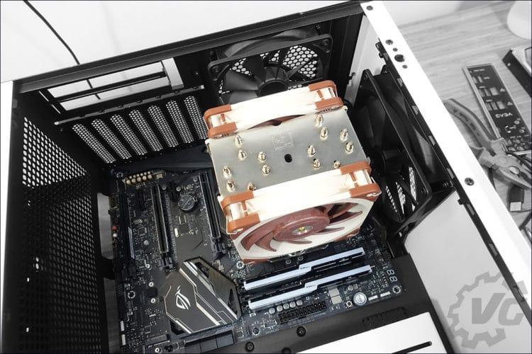 L'installation dans le boitier NZX H510 Elite