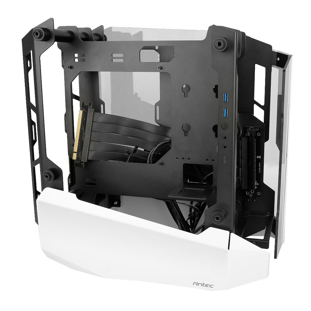 Antec Striker face