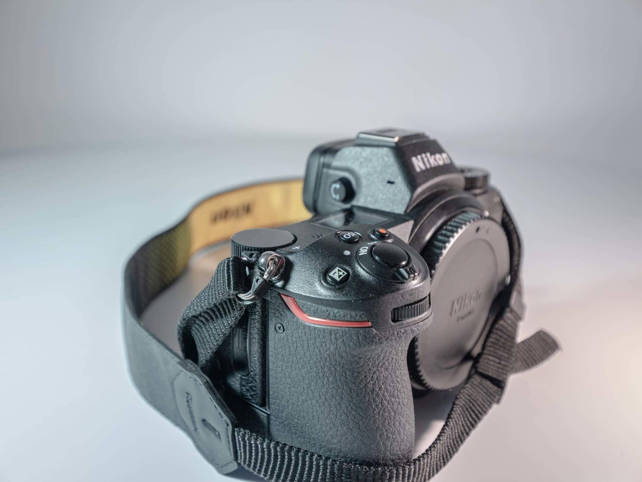 Photo du Nikon Z6 frontale gauche