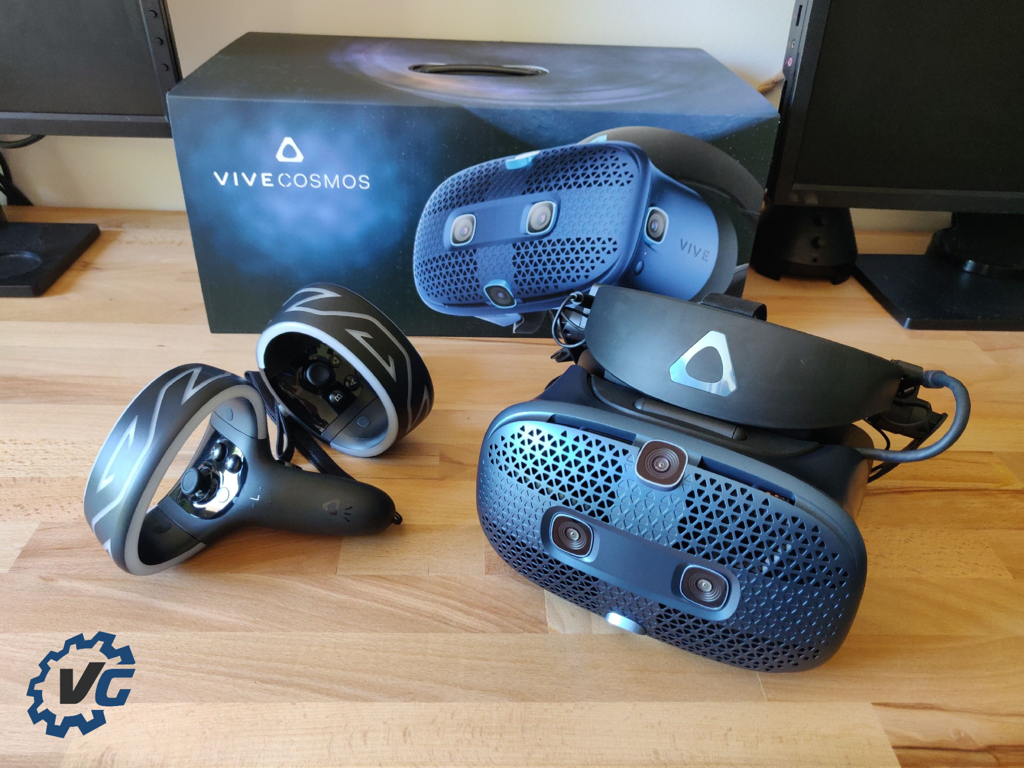 HTC Vive Cosmos cover