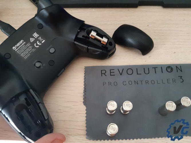 Test Nacon Pro Controller 3 - Présentation poids