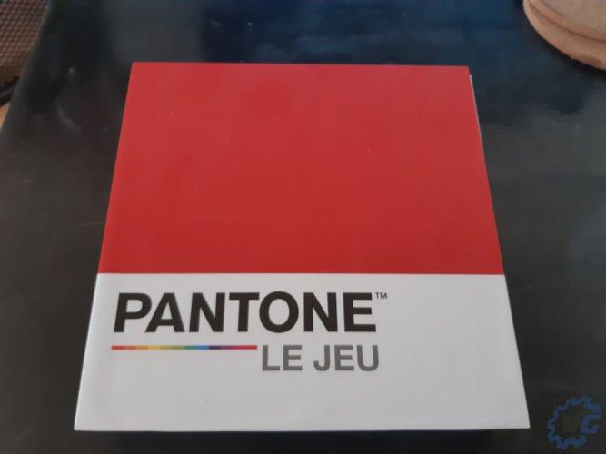 Pantone : The Game - avant de la boîte