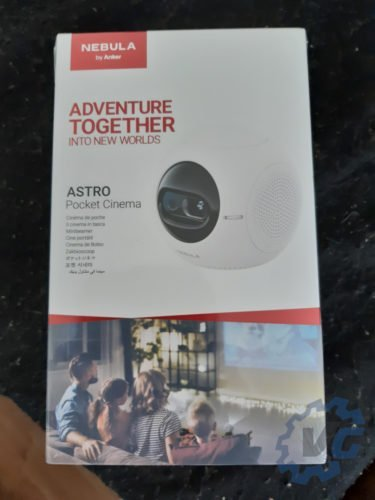 Retroprojecteur portable Astro Pocket Cinema de Anker - box 1