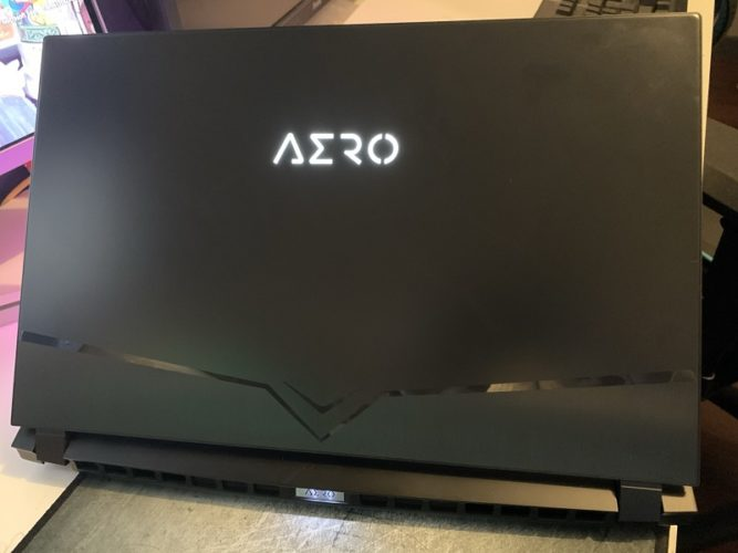 Gigabyte Aero 15 OLED XB