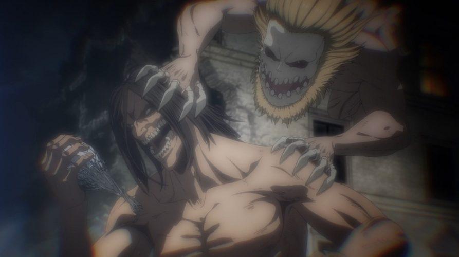 Le titan mâchoire et le titan assaillant