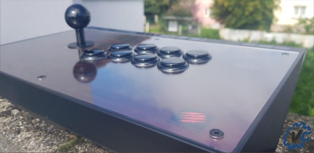 Test Ego Arcade Stick Madcatz - Marque