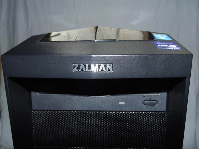 Zalman Z11 Plus Upper Front
