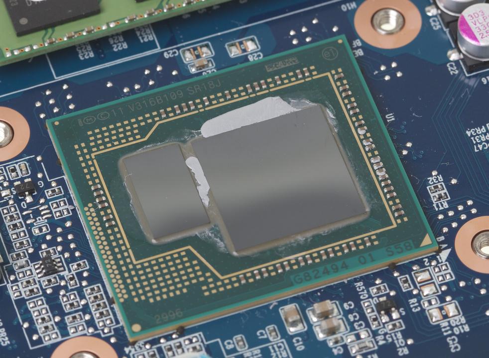 une puce Intel Iris Pro 5200